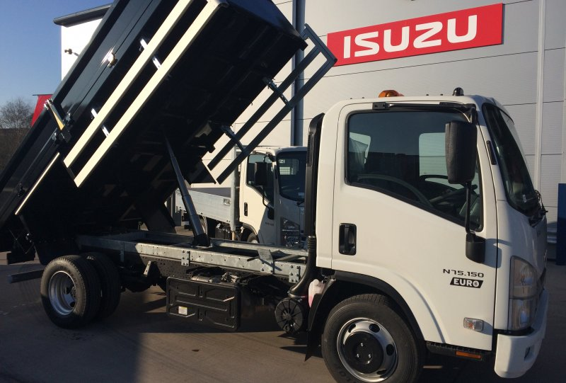 Isuzu N75-150 Euro 6 easy shift auto gear box Tipper<